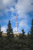 Torre dell'allerta sulla collina Fotografia Stock