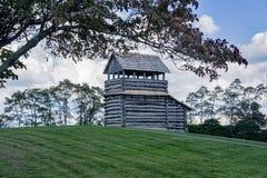 Torre dell'allerta sulla montagna della marmotta - Ridge Parkway blu, la Virginia, U.S.A. Fotografia Stock