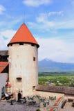 Torre della fortezza antica in castello sanguinato, Slovenia Immagini Stock Libere da Diritti