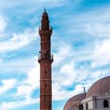 Torre della moschea di Bahr o della moschea del mare in vecchia città di Giaffa, Israele È la più vecchia moschea extant in Giaff fotografia stock libera da diritti