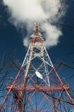 Torre della trasmissione, trasmettitore di GSM, costruzione del metallo Fotografie Stock