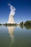 Torre di acqua di una centrale atomica Fotografia Stock Libera da Diritti