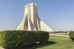 Torre di Azadi a Teheran, Iran fotografie stock libere da diritti