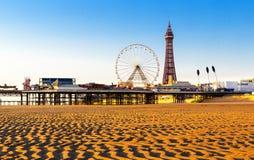 Torre di Blackpool e centrale Pier Ferris Wheel, Lancashire, Inghilterra, Regno Unito Fotografie Stock