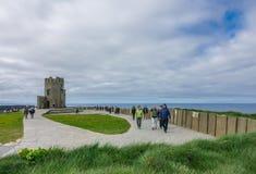 Torre di Briens del ` della O alle scogliere di Moher, Irlanda Fotografie Stock