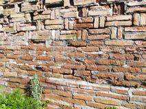 Torre di Burana parete antica del mattone Fotografie Stock Libere da Diritti