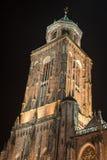 Torre di chiesa di Lebuinus alla notte Fotografia Stock