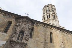 Torre di chiesa a Genova, Italia fotografia stock