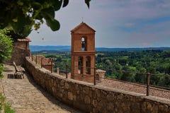 Torre di chiesa in Toscana fotografie stock libere da diritti