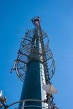 Torre di comunicazioni elettroniche alta tecnologia Fotografia Stock