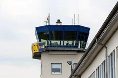 Torre di controllo al lheim del ¼ di Essen-MÃ dell'aeroporto fotografie stock