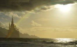Torre di favola dalla costa immagine stock