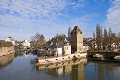 Torre di Henry (1230) e bastione del canone (XVI C.). Strasburgo Immagini Stock Libere da Diritti