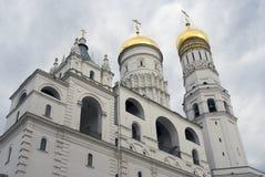 Torre di Ivan Great Bell del Cremlino di Mosca Foto a colori fotografia stock libera da diritti