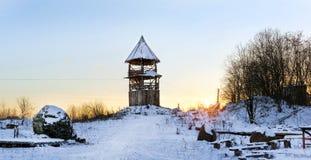 Torre di legno dell'allerta Vecchie fortificazioni russe Fotografia Stock Libera da Diritti