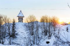Torre di legno dell'allerta Vecchie fortificazioni russe Immagini Stock Libere da Diritti