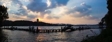 Torre di Leifeng, tramonto, panorama Fotografia Stock