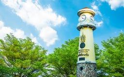 Torre di orologio alla strada Bangkok Tailandia di Rama 3, il 14 dicembre 2017 Fotografie Stock Libere da Diritti