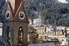 Torre di orologio in cattivo Gastein nelle alpi austriache Fotografia Stock Libera da Diritti