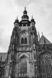 Torre di orologio della st Vitus Cathedral a Praga Immagine Stock Libera da Diritti