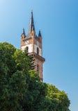 Torre di orologio evangelica della chiesa la più grande attrazione di Bistri Fotografia Stock