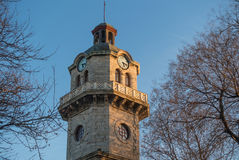 Torre di orologio storica a Varna, Bulgaria Immagini Stock