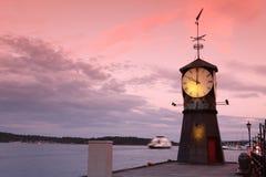 Torre di orologio sul pilastro di Oslo Fotografie Stock