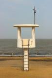 Torre di osservazione sulla spiaggia Immagini Stock Libere da Diritti