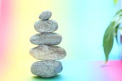Torre di pietra nell'equilibrio Fotografia Stock