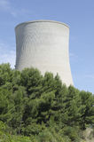 Torre di raffreddamento nucleare Fotografie Stock