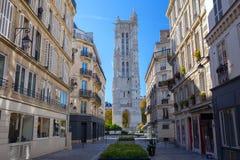 Torre di Saint-Jacques (giro Saint-Jacques) sulla via di Rivoli ciò immagini stock libere da diritti