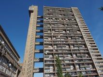 Torre di Trellick a Londra fotografia stock libera da diritti