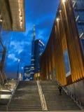 Torre di Unicredit e padiglione Unicredit, piazza Gael Aulenti, Milano, Italia 03/30/2018 fotografie stock