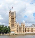 Torre di Victoria del palazzo di Westminster, precedentemente conosciuto come la Tower di re Fotografia Stock Libera da Diritti