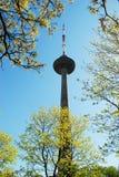 Torre di Vilnius TV - più alta costruzione della capitale lituana Fotografie Stock Libere da Diritti