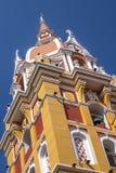 Torre distintiva e colorida da catedral do ` s de Cartegena basílica fotos de stock