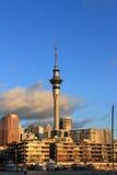 Torre do céu de Auckland imagem de stock
