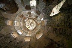 Torre do castelo da ruína de Krzyztopor em Poland foto de stock royalty free