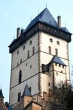 A torre do castelo de Karlstejn imagem de stock royalty free