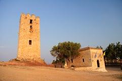 Torre do grego clássico no por do sol. Imagem de Stock Royalty Free