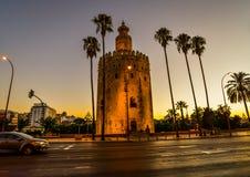 A torre do ouro em Sevilha - Espanha imagens de stock