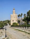 Torre do ouro (Torre del Oro) em Sevilha, Espanha Fotografia de Stock Royalty Free