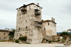 Torre do serf da sentinela na costa, Ouranoupoli Foto de Stock Royalty Free