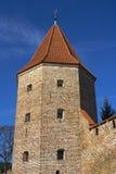 Torre do tijolo da parede velha da cidade Imagem de Stock