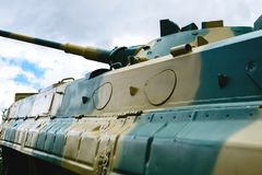 A torre do veículo de combate da aterrissagem é pintada na cor da camuflagem foto de stock