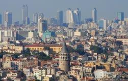 Torre e arranha-céus de Galata Imagens de Stock
