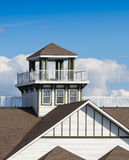 Torre e balcone del tetto Fotografia Stock