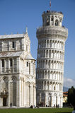 Torre e catedral Fotos de Stock Royalty Free