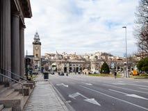 Torre e Largo Gianandrea Gavazzeni a Bergamo fotografia stock libera da diritti
