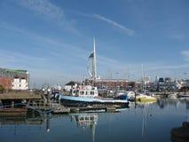 Torre e porto da vela de fortuna Fotos de Stock